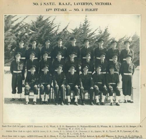 NO_5_NSTU_RAAF_Laverton_Vic_13th_Intake_No3_Flight_1955.JPG