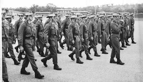 1_RTB_A_Coy_6_Pl_Kapooka_1968_Marching_Out_Dave_Tooes..jpg
