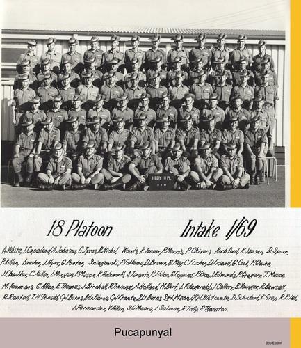 2RTB_D_Coy_18PL_1st_Intake_1969_Bob_Ebdon..jpg