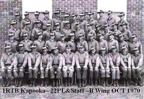 1RTB_Kapooka_22Pl_&_Staff_B_Wing_Oct_1970.bmp