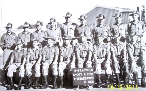 2_RTB_A_Coy_5_Platoon_1st_Intake_1970_Pucka.jpg
