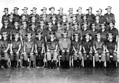 1_RTB_A_wing_9_Platoon_Kapooka_1971_Ken.jpg