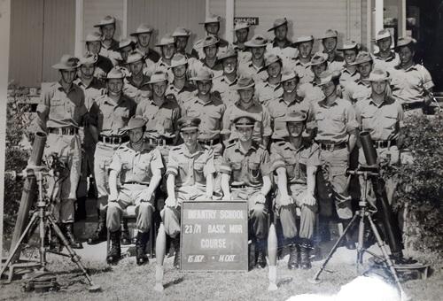 23_71_Basic_Mor_Course_Ingleburn_infantry_centre_1971_Ian%20Whiteford..jpg