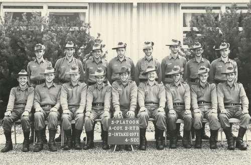 2RTB_A_Coy_3_Platoon_4_Sec_2nd_Intake_1971_Rob_Whitelaw..jpg