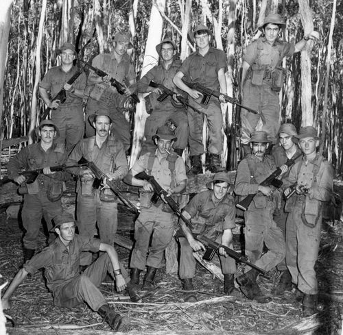 9_Platoon_4_Sect_1972.jpg